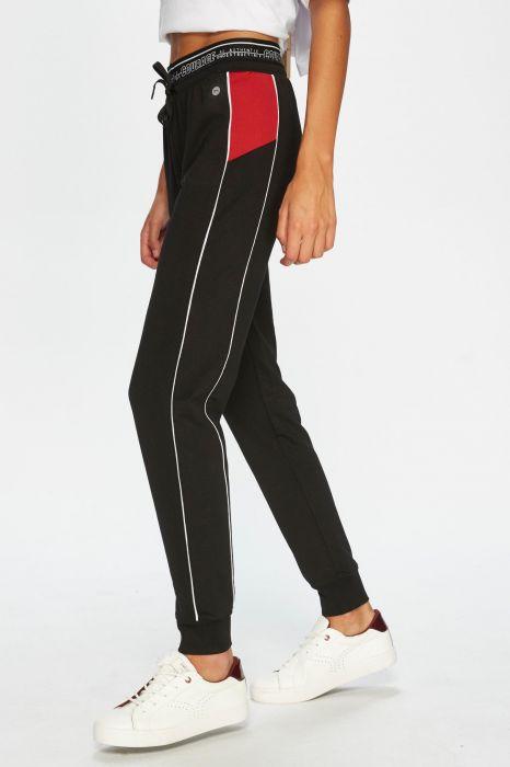 mejor selección e563f 4955f Comprar Pantalones Deportivos para Mujer | Décimas