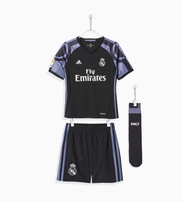 Comprar Equipaciones de futbol para niño online  020eb7806e1