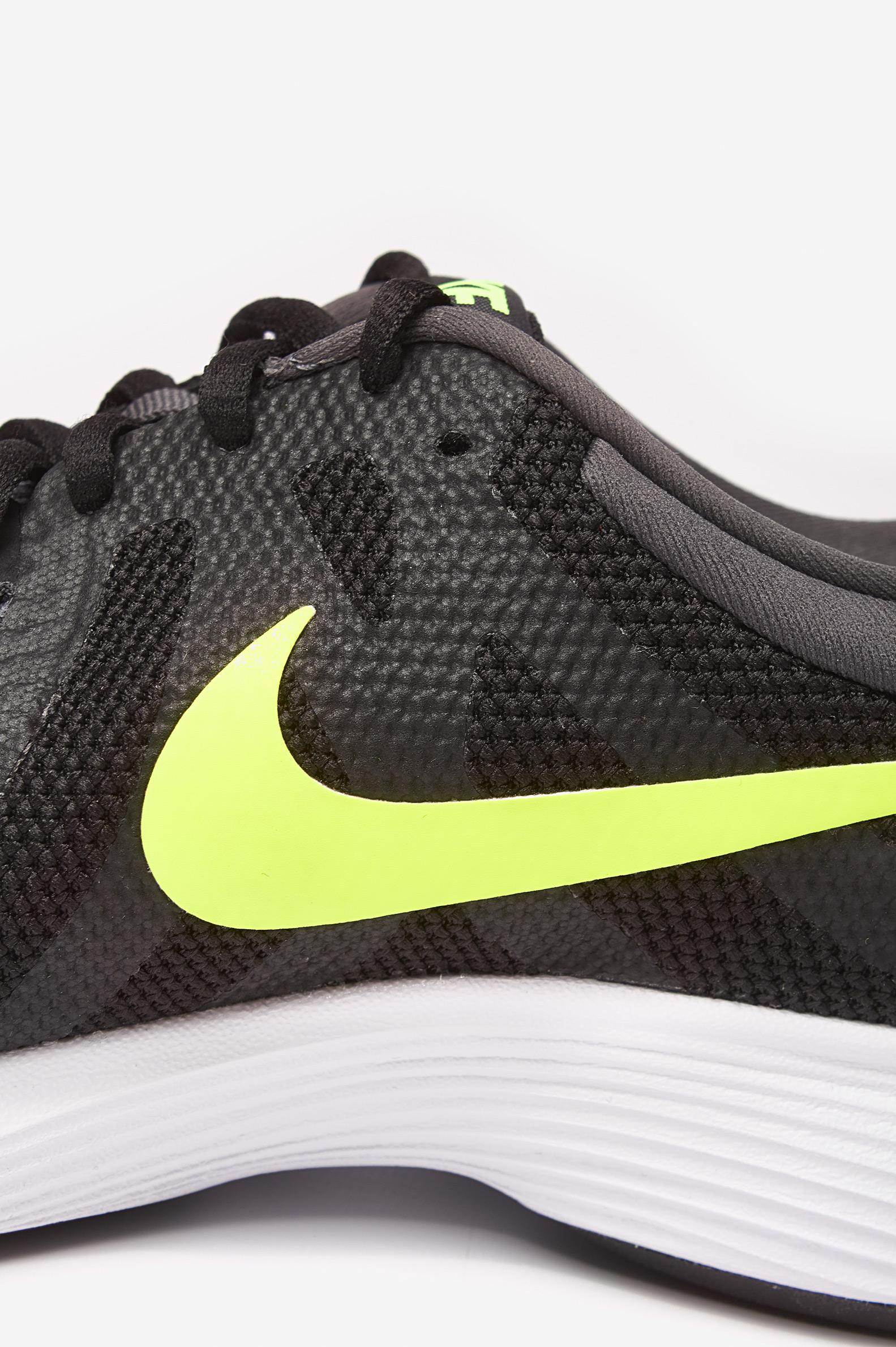 Nike Revolution 3 W Gris